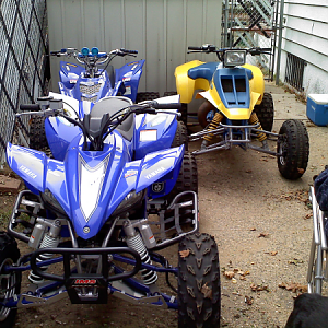 my 07 yfz 450, 88 zilla, and blaster in the back